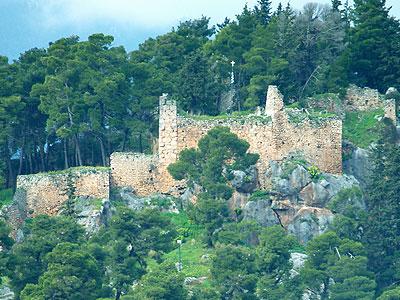 Αποτέλεσμα εικόνας για καστρο αμφισσας